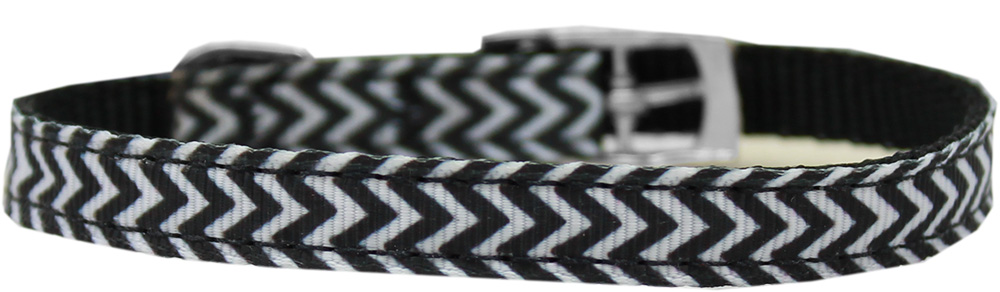 "Chevrons Nylon Dog Collar with classic buckle 3/8"" Black Size 14"